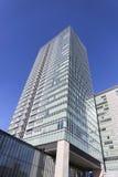 摩天大楼现代玻璃大厦在城市 免版税库存照片
