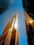 摩天大楼的一个现代明亮的塔的照片 免版税库存照片