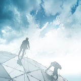 摩天大楼的登山人 图库摄影