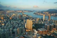 摩天大楼看法在香港海岛 免版税库存照片