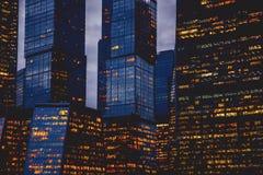 摩天大楼窗口特写镜头  库存照片