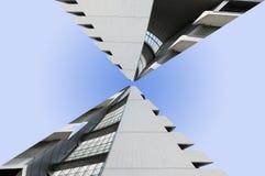 摩天大楼被看见反对天空 图库摄影