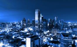 摩天大楼,市达拉斯在晚上,得克萨斯,美国 库存照片