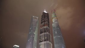 摩天大楼Timelapse在晚上,上海,中国 股票录像