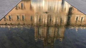 280818摩德纳,意大利-意大利军队学院Estensi公爵的宫殿的便餐广场罗马广场水池的 影视素材