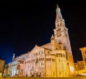 摩德纳主教座堂,天主教罗马式教会 免版税库存图片