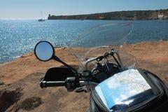 摩托车travelin 图库摄影