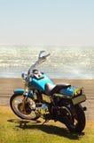 摩托车冒险旅行新西兰的假日海岸线 库存图片