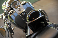 摩托车和盔甲 图库摄影