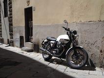 摩托车在佛罗伦萨 免版税库存照片
