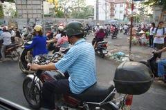 摩托车在繁忙运输竞争 免版税图库摄影