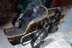 1913年摩托车的定制三轮车  免版税图库摄影