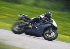 摩托车竟赛者sportbike 库存图片