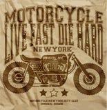 摩托车葡萄酒纽约T恤杉图形设计 免版税库存照片