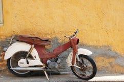 摩托车葡萄酒 免版税库存照片