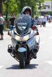摩托车警 库存图片