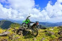 摩托车越野赛冒险 免版税库存图片