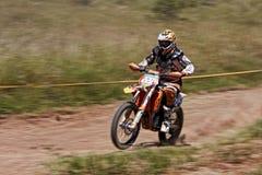 摩托车越野赛摇摄 免版税图库摄影