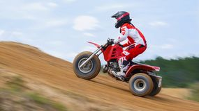 摩托车越野赛越野Trike Dirtbike赛跑的场面 库存照片