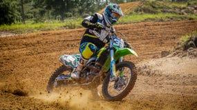 摩托车越野赛Dirtbike行动场面 免版税库存照片