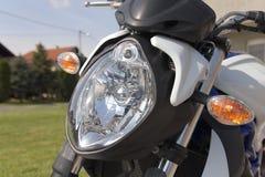 摩托车车灯 免版税库存照片