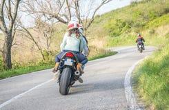 摩托车车费在周末 库存图片
