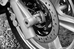 摩托车轮子细节 免版税库存图片