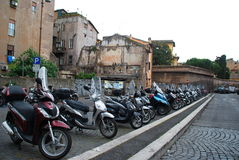 摩托车运输罗马,意大利 库存照片