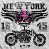 摩托车头骨纽约乐趣人T恤杉图形设计 免版税库存图片