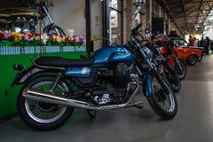 摩托车Moto Guzzi V7 III专辑 库存照片