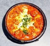 摩洛哥国家盘-肉tajine与蔬菜和meatb的 库存图片