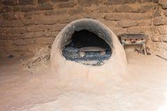 摩洛哥地球烤箱在巴巴里人房子里 库存图片
