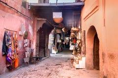 摩洛哥纪念品在麦地那 马拉喀什 摩洛哥 图库摄影