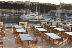 摩纳哥的港口的餐馆 库存图片