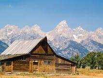 谷仓和Teton范围 库存照片