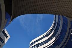 摩登呢的建筑学 免版税库存图片