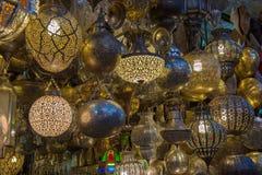 摩洛哥古色古香的灯 免版税库存照片