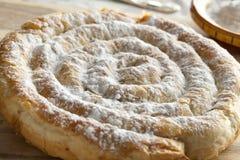 摩洛哥蛇形状的酥皮点心 库存照片