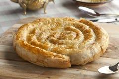 摩洛哥蛇形状的酥皮点心 免版税库存图片