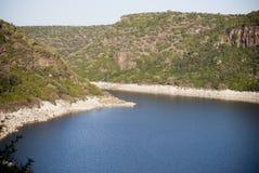 撒丁岛。Cedrino湖 免版税库存图片