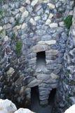 撒丁岛。Nuraghe内部 免版税库存图片