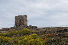 撒丁岛罗马城堡nuraghe塔 免版税库存照片
