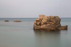 撒丁岛,意大利-峭壁和海 免版税库存照片