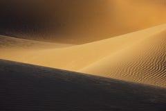 撒哈拉大沙漠沙丘。 免版税图库摄影