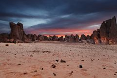 撒哈拉大沙漠, Tassili N ` Ajjer,阿尔及利亚 免版税库存照片