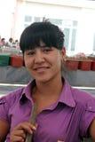 撒马而罕义卖市场,乌兹别克人妇女 免版税图库摄影