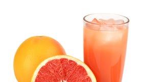 播种的图象切了与汁液被隔绝的白色的两个葡萄柚 库存图片