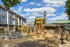 操场在卡尔斯鲁厄动物园里 免版税库存图片