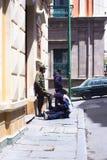 擦皮鞋的人在拉巴斯,玻利维亚 库存图片