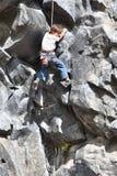 攀岩男孩,厄瓜多尔 免版税图库摄影